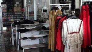 Yenişehirli iş adamının Bilecik'teki AVM mağazaları yandı - Bursa Haberleri
