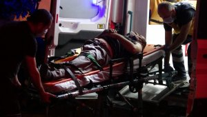 Zonguldak'ta otomobil sulama tankerine çarptı: 2 yaralı