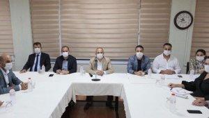 AK Parti İzmir'in ilçe başkanları toplantısı Aliağa'da yapıldı