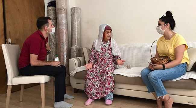 AK Partili gönüllülerden bayram ziyaretleri