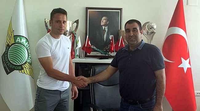 Akhisarspor'da Cem Kavçak yuvaya geri döndü
