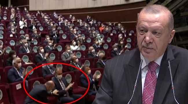 Bakan Soylu, tek hareketiyle Erdoğan'ı ayakta alkışlattı