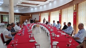 Başkan Göksu, AK Parti il teşkilatıyla bir araya geldi