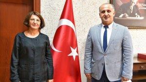 Başkan Kaya'dan Kaymakam Baştürk'e ziyaret