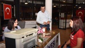 Başkan Öz'den, üniversite adaylarına destek
