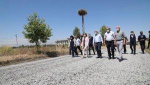 Battalgazi Belediyesi, Turgut Özal Üniversitesinde asfalt serimi yaptı