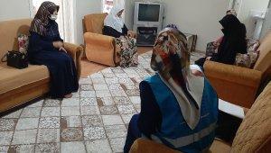 Din görevlisinden evi yanan aileye destek