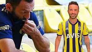 Fenerbahçe'nin yeni formaları servis edildi! Dikkat çeken detay