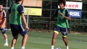 Fenerbahçe yeni sezon hazırlıklarını devam ettirdi