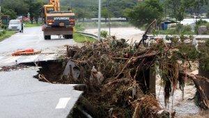 Güney Kore'de sağanak yağış: 6 ölü, 7 kayıp