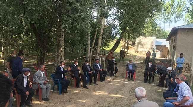 Gürpınar'da 2 aile arasındaki husumet barışla sonuçlandı