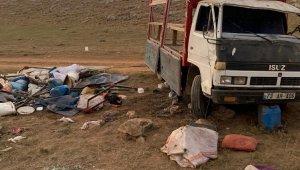 Gürpınar'da trafik kazası: 1 ölü, 17 yaralı