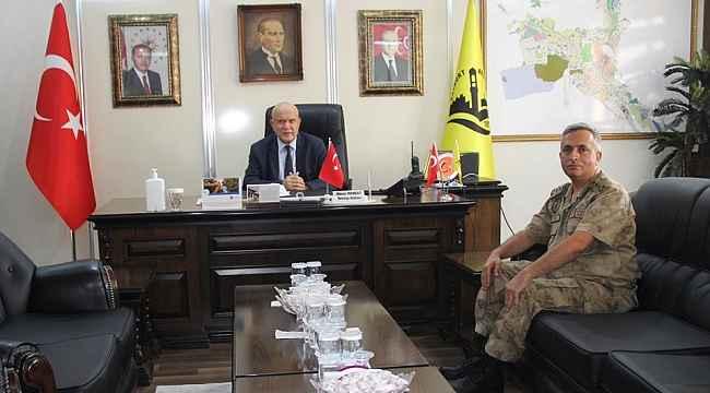 İl Jandarma Komutanı Yiğit, Başkan Pekmezci'yi ziyaret etti