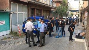 İzmir'de sokak ortasında infaz
