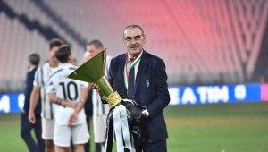 Juventus, Sarri ile yollarını ayırdı