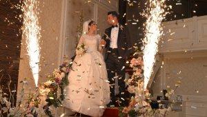 Kahramanmaraş'ta düğünlere 3 saat kısıtlama, taziyelere yasak