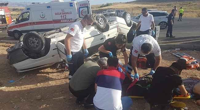 Kayseri'de çarpışan iki otomobil takla attı: 1 ölü, 9 yaralı