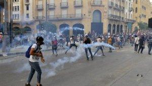 Lübnan'da hükümetin istifası sonrası protestolar yeniden başladı