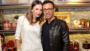 Mustafa Sandal, Emina Jahovic'le fotoğrafını önce paylaştı sonra sildi