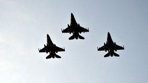 """""""TurAz Kartalı 2020"""" tatbikatı F-16'ların katılımıyla devam ediyor"""