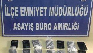 Reyhanlı'da 21 adet kaçak telefon ele geçirildi