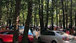 Tabiat parklarında bayram yoğunluğu
