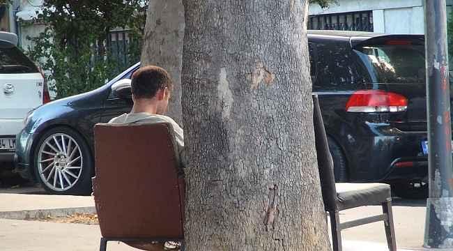 Taksim'de değnekçilik yapan bir şahıs yakalandı