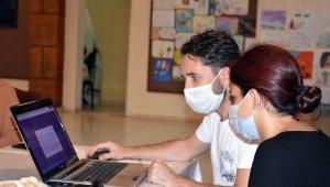 Tarsus Belediyesinden, üniversite adayı öğrencilere ücretsiz tercih danışmanlığı