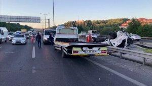 TEM otoyolunda feci kaza; 1 ağır 3 yaralı