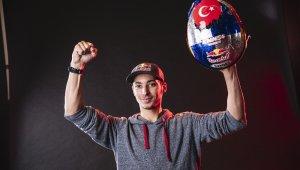 Toprak Razgatlıoğlu Superbike dönüşünü podyumla yaptı