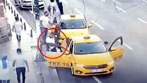 Turistin 500 dolarını 'tırnakçılık' yöntemiyle çalan taksici kameralardan yakalandı