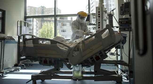 Türkiye'de 12 Ağustos günü koronavirüs kaynaklı 18 can kaybı, 1212 yeni vaka tespit edildi