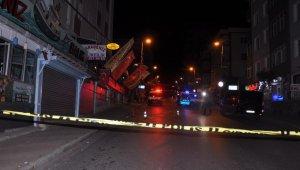 İstanbul'da 2 kişi arasında çıkan kavga kanlı bitti