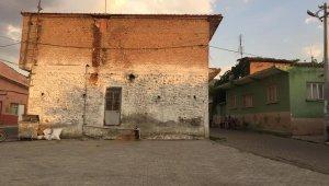 Yenipazar Donduran Mahallesi yeni bir meydana kavuşuyor