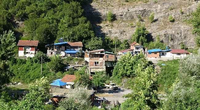 Zonguldak'ta 40 kişinin yaşadığı mahalleye giriş çıkışlar yasaklandı