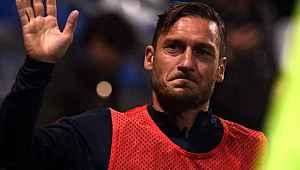 10 aydır komada olan kadın futbolcu, Totti'nin sesli mesajıyla uyandı