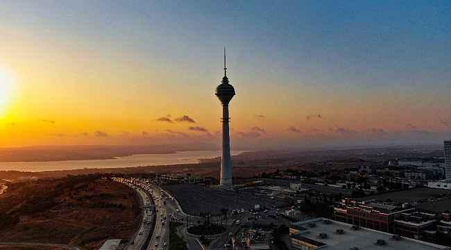 12 yılda yalnızlığın kulesi oldu