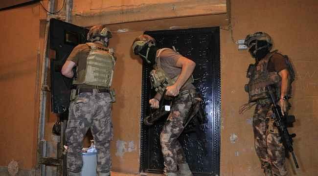 Adana'da organize suç örgütüne helikopter ve drone destekli operasyon