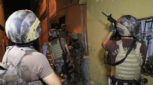 Adana'da suç örgütü operasyonunun drone görüntüleri ortaya çıktı