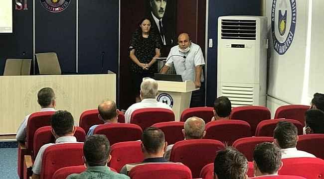 ADÜ Ziraat Fakültesi'nde 'Paket Arıcılık Sistemi' eğitimi verildi