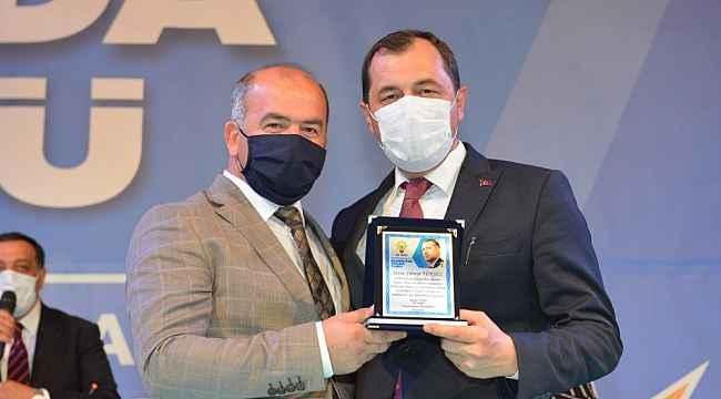 AK Parti Kongresinde Sezai Çetin güven tazeledi