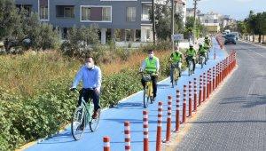 Akhisar'ın ilk bisiklet yolu açıldı
