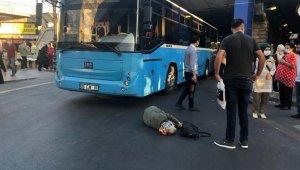 Ankara'da durağa giden kadına halk otobüsü çarptı