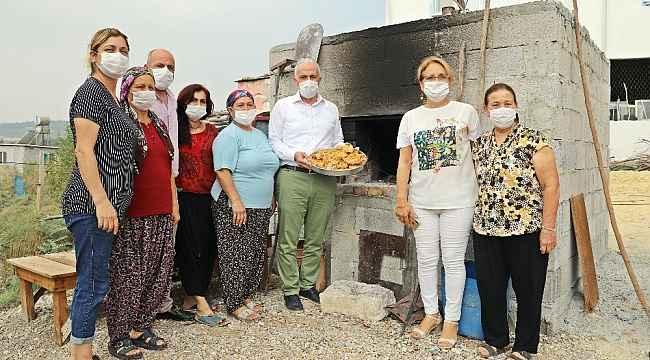 Asırlık Girit ekmeği Akdeniz ilçesinde yaşatılıyor