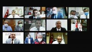 """Bakan Koca: """"Kayseri'de vaka sayıları gerilemeye başladı"""""""