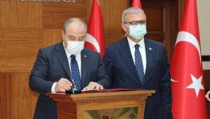 Bakan Varank Diyarbakır'da 7 projenin imza törenine katıldı