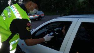 Bartın'da 20 araç trafikten men edildi, aranan 8 araç yakalandı