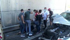 İstanbul'da dehşete düşüren kaza... Kucağındaki bebeğiyle yola fırladı