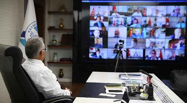 Başkan Büyükkılıç İl Pandemi Kurulu Toplantısına katıldı