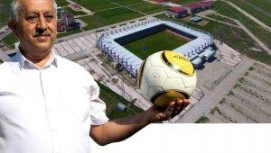 Başkan Zeybek futbol takımlarını önümüzdeki sezonda Afyonkarahisar'a davet etti